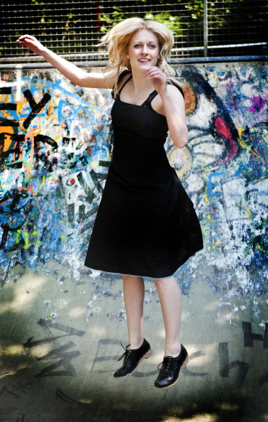 Graffiti「Clog Dancer」:写真・画像(9)[壁紙.com]