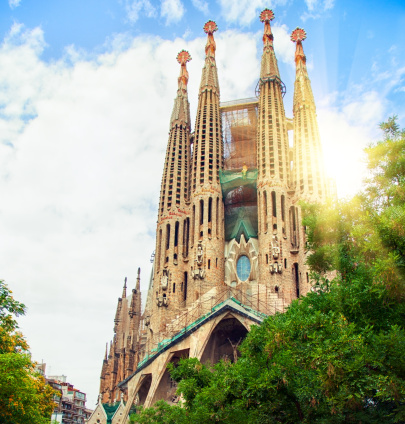 Barcelona - Spain「Low angle view of Sagrada Familia, Barcelona」:スマホ壁紙(17)