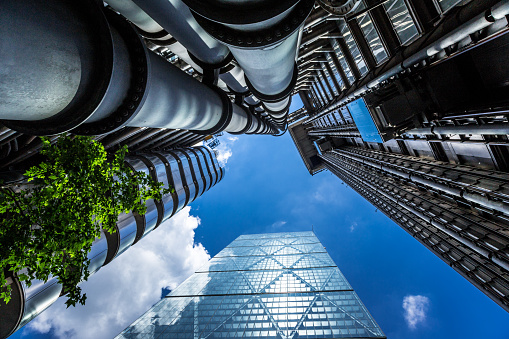 Employment And Labor「Low angle view of glass and steel towers, London, UK」:スマホ壁紙(12)