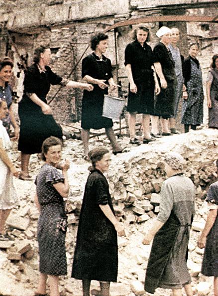 ベルリン「WW II Berlin 1945」:写真・画像(12)[壁紙.com]