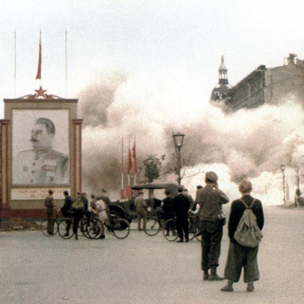 Color Image「WW II Berlin 1945」:写真・画像(15)[壁紙.com]
