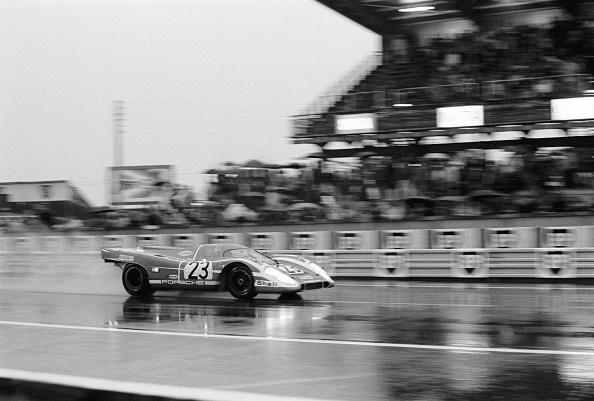 レーシングカー「Porsche Wins Le Mans」:写真・画像(17)[壁紙.com]