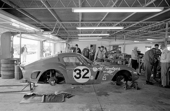 レーシングカー「Daytona Continental」:写真・画像(9)[壁紙.com]
