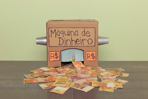 Small Office「Homemade Brazilian Real Making Money Machine」:スマホ壁紙(11)