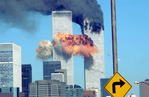 September 11 2001 Attacks「World Trade Center Attacked」:写真・画像(1)[壁紙.com]