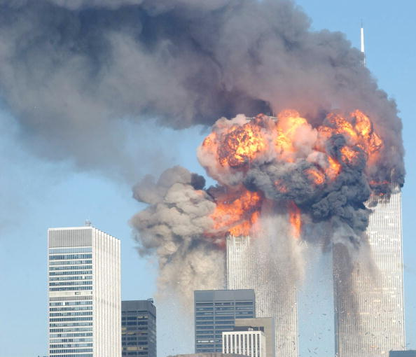 Exploding「World Trade Center Attacked」:写真・画像(4)[壁紙.com]