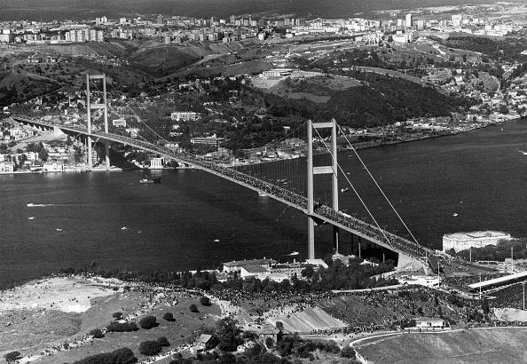 7月15日殉教者の橋の写真・画像 ...