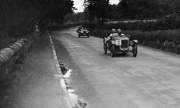 自動車レース「Austin Ulsters of SV Holbrook and Archie Frazer-Nash, RAC TT Race, Ards Circuit, Belfast, 1929」:写真・画像(0)[壁紙.com]