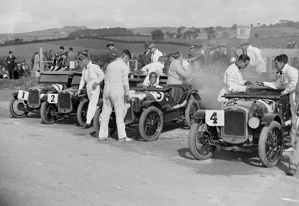 自動車レース「Austin Ulsters at the RAC TT Race, Ards Circuit, Belfast, 1929」:写真・画像(1)[壁紙.com]