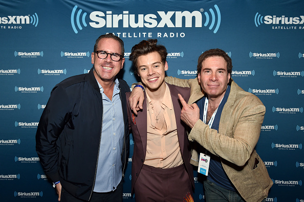 Kelly public「Harry Styles Performs for SiriusXM Live from The Roxy Theatre in Los Angeles」:写真・画像(13)[壁紙.com]