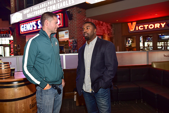 "Philadelphia Eagles「OAKHEART Genuine Spiced Rum and Legendary Former American Football Running Back Brian Westbrook Take Over XFINITY Live! To Launch the ""Oakth"" Challenge」:写真・画像(9)[壁紙.com]"