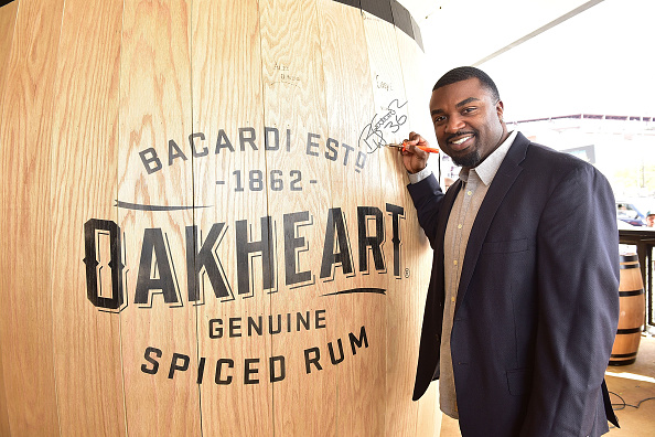"Philadelphia Eagles「OAKHEART Genuine Spiced Rum and Legendary Former American Football Running Back Brian Westbrook Take Over XFINITY Live! To Launch the ""Oakth"" Challenge」:写真・画像(13)[壁紙.com]"