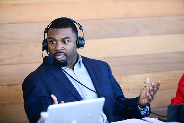 """Philadelphia Eagles「OAKHEART Genuine Spiced Rum and Legendary Former American Football Running Back Brian Westbrook Take Over XFINITY Live! To Launch the """"Oakth"""" Challenge」:写真・画像(0)[壁紙.com]"""