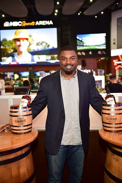 "Philadelphia Eagles「OAKHEART Genuine Spiced Rum and Legendary Former American Football Running Back Brian Westbrook Take Over XFINITY Live! To Launch the ""Oakth"" Challenge」:写真・画像(8)[壁紙.com]"