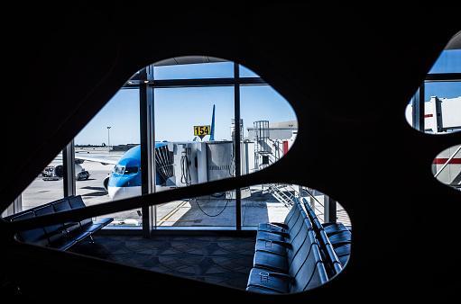 Passenger「Airplane and Boarding Bridge.」:スマホ壁紙(6)