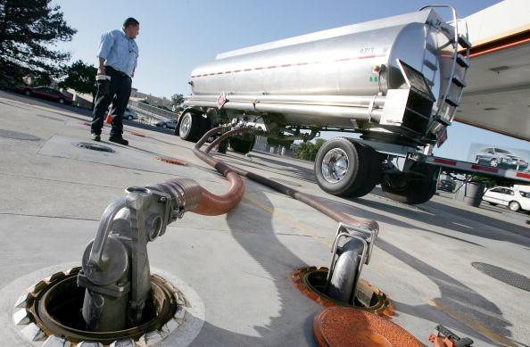 Transportation「Gas Prices Climb Again」:写真・画像(8)[壁紙.com]