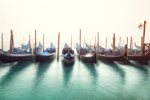 Gondola「ゴンドラ、大運河、朝には、」:スマホ壁紙(1)