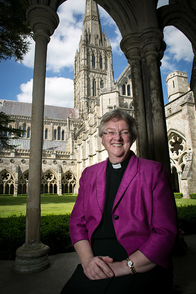 Salisbury Cathedral「Church Of England Synod To Hold  Final Vote On Female Bishops」:写真・画像(16)[壁紙.com]