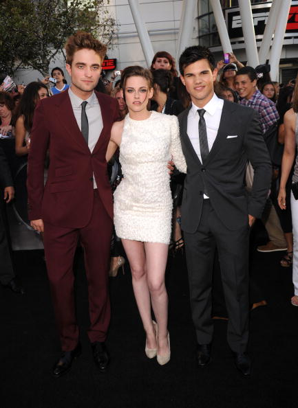 Robert Pattinson「Premiere Of Summit Entertainment's 'The Twilight Saga: Eclipse' - Arrivals」:写真・画像(17)[壁紙.com]