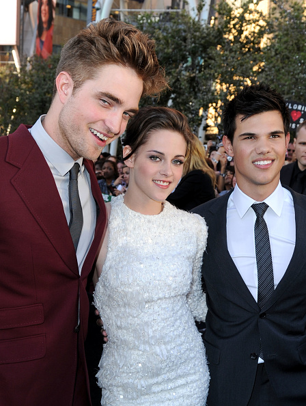 "Three Quarter Length「Premiere Of Summit Entertainment's ""The Twilight Saga: Eclipse"" - Arrivals」:写真・画像(15)[壁紙.com]"