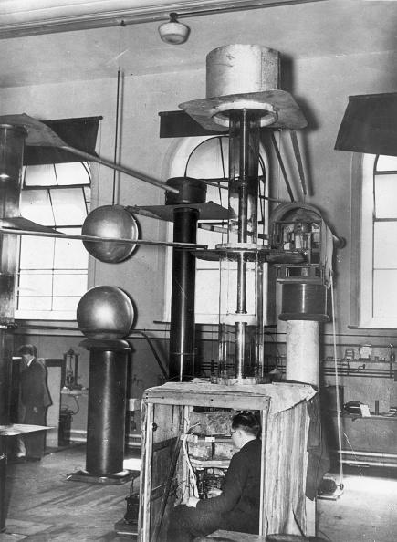 Lithium「Cockcroft Walton Accelerator」:写真・画像(7)[壁紙.com]