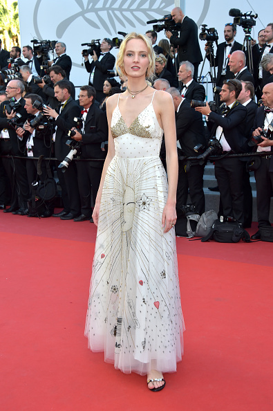 カンヌ国際映画祭「'Ismael's Ghosts (Les Fantomes d'Ismael)' & Opening Gala Red Carpet Arrivals - The 70th Annual Cannes Film Festival」:写真・画像(13)[壁紙.com]