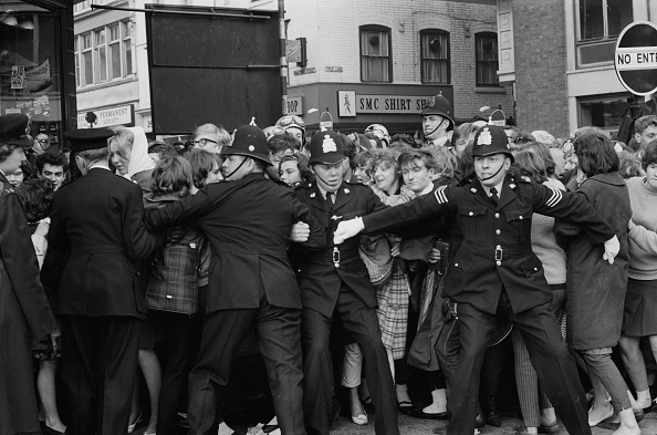 Pushing「Beatlemania in Leicester」:写真・画像(10)[壁紙.com]
