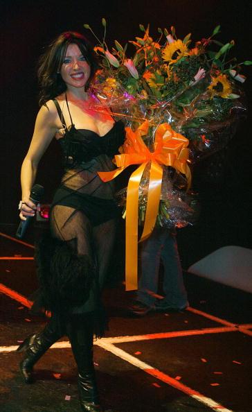 Human Abdomen「Dannii Minogue Plays G-A-Y」:写真・画像(12)[壁紙.com]