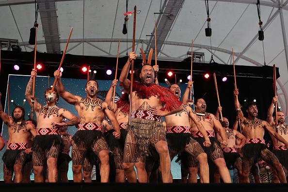 雲「World's Best Kapa Haka On Display At Te Taumata Kapa Haka」:写真・画像(4)[壁紙.com]