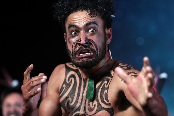 雲「World's Best Kapa Haka On Display At Te Taumata Kapa Haka」:写真・画像(2)[壁紙.com]