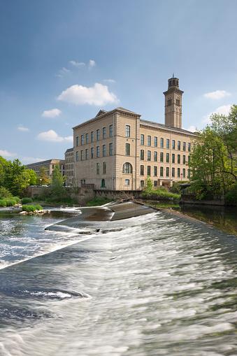 Mill「Salt's Mill in Yorkshire」:スマホ壁紙(1)