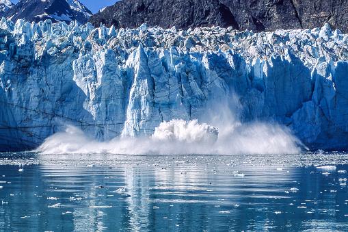 Snow scene「氷河のグレーシャーベイ国立公園に分娩」:スマホ壁紙(14)
