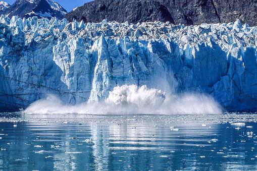 Snow scene「氷河のグレーシャーベイ国立公園に分娩」:スマホ壁紙(15)