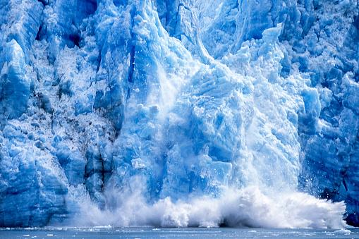 Snow scene「氷河 Calving アラスカ湾に」:スマホ壁紙(12)
