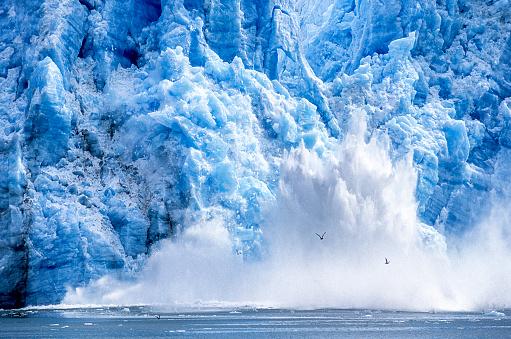 Snow scene「氷河 Calving アラスカ湾に」:スマホ壁紙(11)