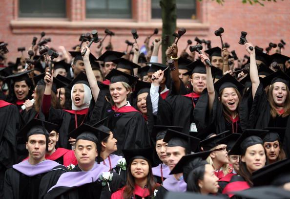 Ceremony「JK Rowling Address Headlines Harvard Univ. Commencement」:写真・画像(8)[壁紙.com]