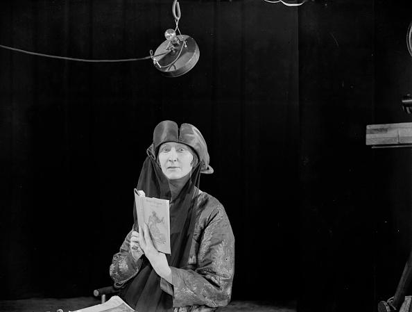Variation「Edith Sitwell」:写真・画像(10)[壁紙.com]