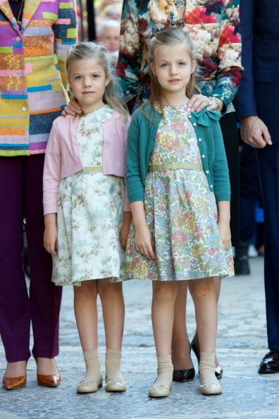 全身「Spanish Royals Attend Easter Mass in Palma de Mallorca」:写真・画像(7)[壁紙.com]