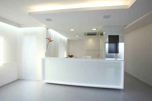 Modern reception desk in grey white color (XXXL):スマホ壁紙(壁紙.com)