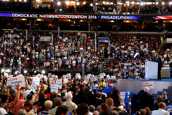 Aaron P「Democratic National Convention: Day One」:写真・画像(8)[壁紙.com]