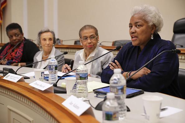 歴史「Former DNC Chairperson Donna Brazile Joins Discussion Celebrating Women's History Month」:写真・画像(15)[壁紙.com]
