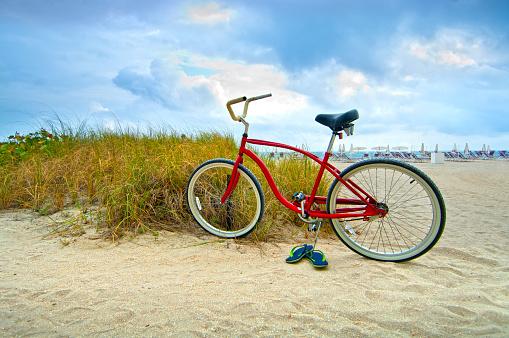 Miami「Bicycle, Bal Harbour Beach, Miami Beach, Florida」:スマホ壁紙(5)