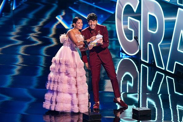 Sebastián Yatra「The 21st Annual Latin GRAMMY Awards - Show」:写真・画像(0)[壁紙.com]
