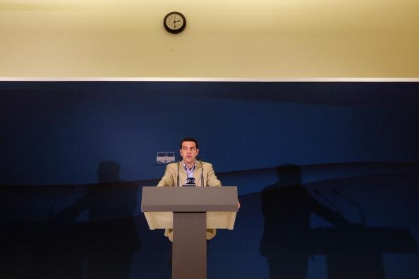 Effort「Greece's Election Winning Party Begin Talks To Form A Ruling Coalition」:写真・画像(9)[壁紙.com]