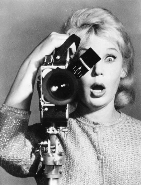 アーカイブ画像「Camera Woman」:写真・画像(8)[壁紙.com]