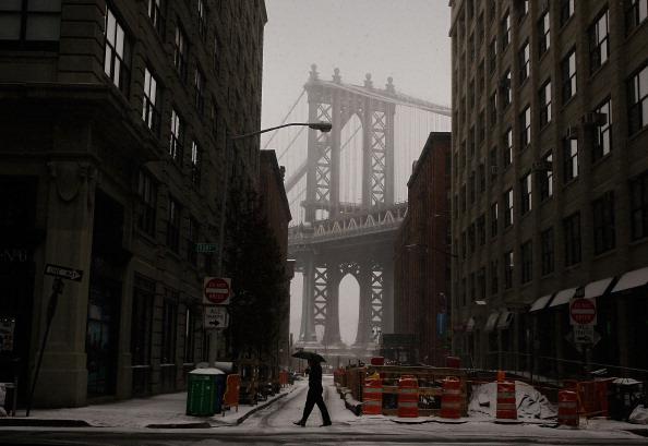Lower East Side Manhattan「Blizzard Slams U.S. East Coast」:写真・画像(17)[壁紙.com]