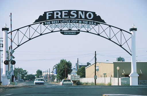 1990-1999「Fresno Entrance Sign」:スマホ壁紙(12)