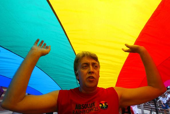 Creativity「World's Longest Rainbow Flag Unfurled In Key West 」:写真・画像(6)[壁紙.com]