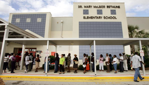 African Ethnicity「Florida Voters Go To The Polls」:写真・画像(8)[壁紙.com]