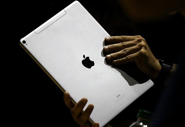 Digital Tablet「Keynote Address Opens Apple Worldwide Developers Conference」:写真・画像(1)[壁紙.com]